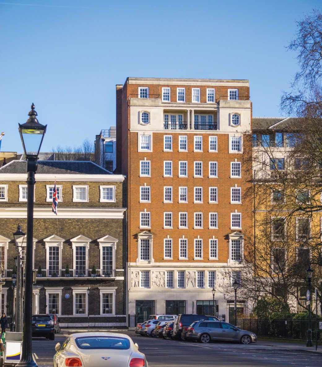 WELPUT exchanges on £135m St James's Square sale to Joint Treasure
