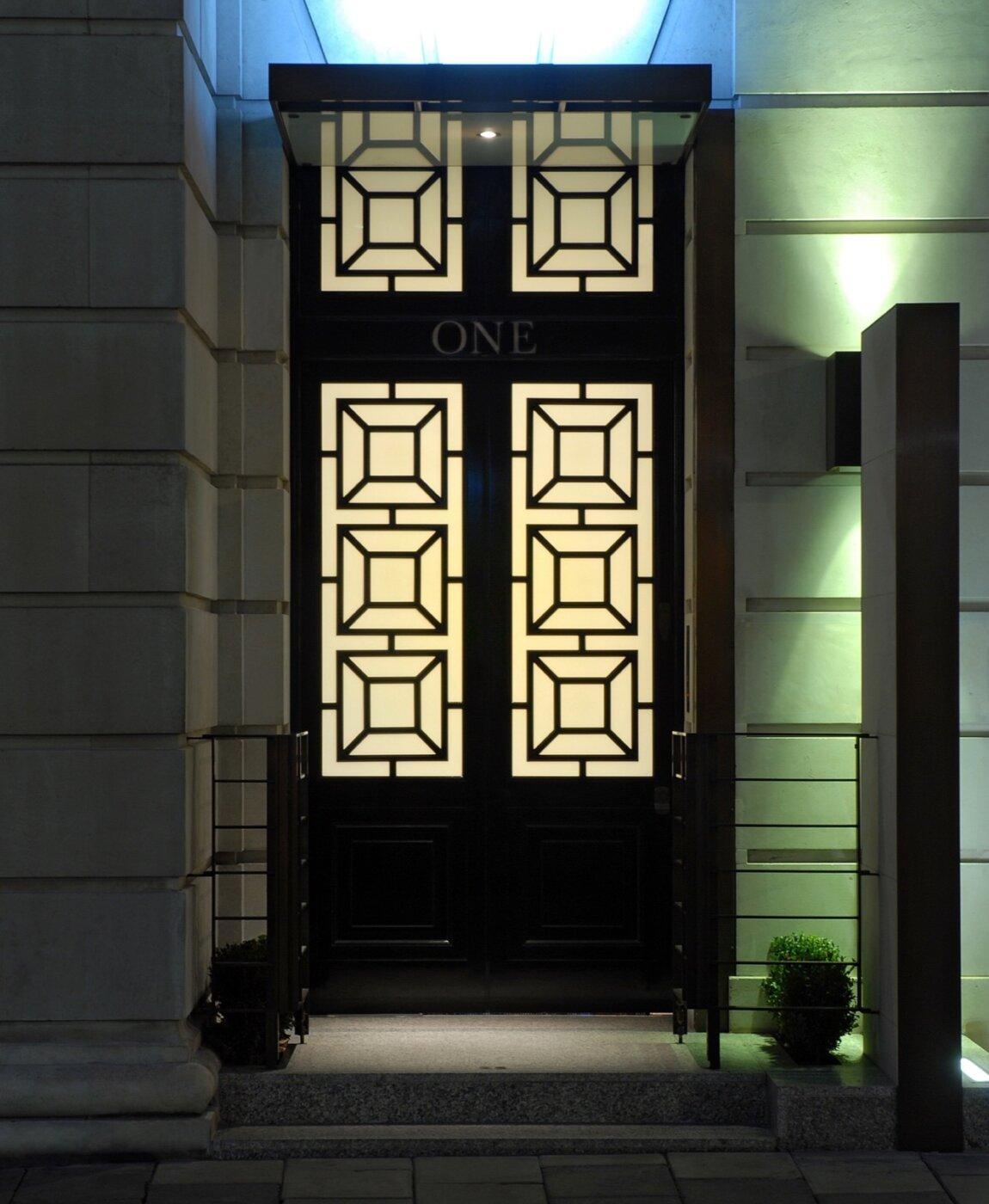 Stratton House, 5 Stratton Street, W1